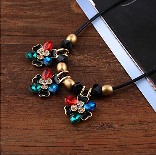 Mme Européenne Et De La Mode Américaine Sauvage Collier Cristal Clavicule Coréenne Multicolore