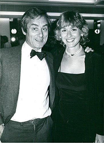 vintage-photo-of-british-journalist-harold-evans-with-his-wife-tina-brown-1982