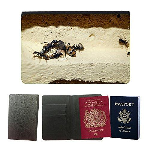 gogomobile-couverture-de-passeport-m00123986-escamoso-ant-hormigas-hormiga-reina-universal-passport-