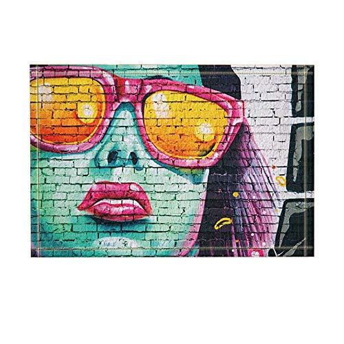 ZZ7379SL Weißer Backstein, blaues Gesicht weiblich, rosa Brillengestell, gelbe Brille, rote Lippen, lila Haare Badezimmermatte saugt weich und tragbares 40 * 60CM auf