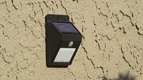 everbrite die Lampe Solar Outdoor mit Bewegungsmelder–gesehen an Fernseher