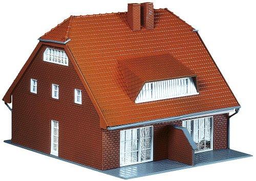 Faller 130310 - Casa típica del norte de Alemania para dos familias importado de Alemania