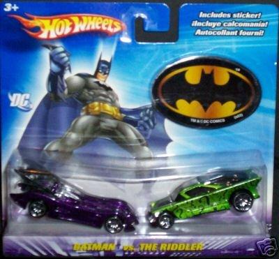 Batman vs Catwoman 1:64 Scale Die Cast Car 2 Pack Mattel ()