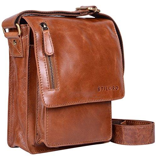 STILORD 'Finn' kleine Umhängetasche Herren Schultertasche Vintage Messenger Bag 8,4 Zoll Tablettasche echtes Büffel-Leder , Farbe:cognac – glänzend