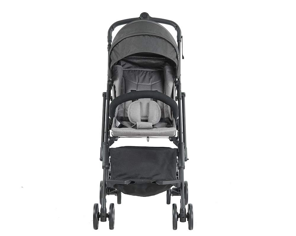 Roma Capsule² Compact Airplane Travel Buggy from Newborn + Rain Cover, Insect Net and Travel Bag, Only 5.6 kgs - Grey with a Black Chassis Roma Compact lie-back stroller - suitable from newborn to 15 kgs Includes rain cover, insect net, travel bag Locked and swivel wheels, shopping basket, 8