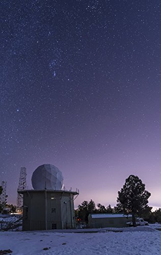 John Davis/Stocktrek Images - A defunct Air Force Station radar tower at Mount Lemmon Observatory. Photo Print (55,88 x 88,39 cm) Radar Tower