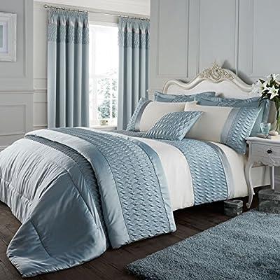 Catherine Lansfield Luxury Signature Bedspread