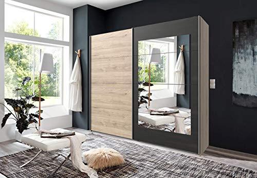 lifestyle4living Kleiderschrank in Hickory-Oak-Nachbildung mit Absetzungen in Stahl-Optik, Schwebetüren-Schrank mit viel Stauraum im angesagten Industrial-Look, 225 cm - Hickory-schlafzimmer-möbel