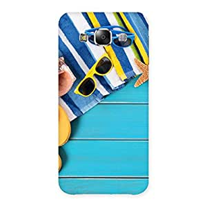 Enticing Cool Beach Print Back Case Cover for Samsung Galaxy E5