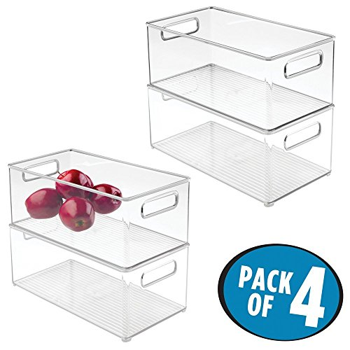 mDesign 4er-Set Küchen Aufbewahrungsbox – ideal einsetzbar als Kühlschrankbox oder Gefrierbox – stapelbares Ordnungssystem mit integrierten Tragegriffen – durchsichtig