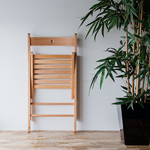 Harbour Housewares Wooden Folding Chair - Natural Wood Colour