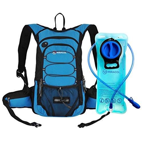 Miracol hidratación mochila con 2L agua vejiga - térmica aislamiento Pack mantiene líquido fresco hasta 4 horas – múltiples almacenamiento compartimiento – mejor engranaje al aire libre para correr, senderismo, ciclismo y mucho más