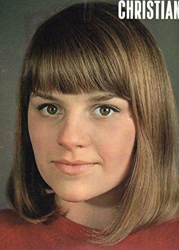 Christiane n 212 - avril 1967 - Le Canada/Toutankhamon  Paris/Le Grand Boulevard (Andre Chdid)