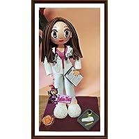 Fofucha doctora personalizada muñeca hecha a mano