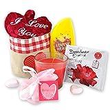 Handverpacktes Geschenk-Set Leidenschaft für Verliebte mit Plüschherz sowie Entspannungsbad und Duschdas Duschbad plus Rosenduftkerze