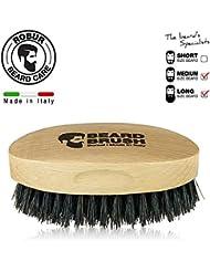 Cepillo para barba hecho en madera de haya y cerdas de jabalí 100% naturales. Beard brush made in italy. 100% made in italy.