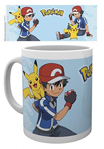 Set: Pokemon, Acchiappali Tutti, Ash E Pikachu Tazza Da Caffè Mug (9x8 cm) E 1 Sticker Sorpresa 1art1®
