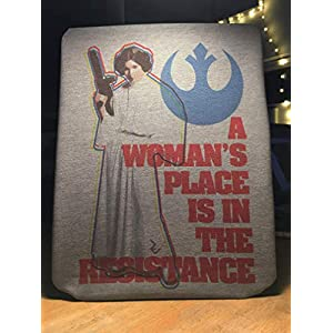 Feministisches Platz Prinzessin T-Shirt – Star Wars Propaganda für Frauen T-Shirt von Rev-Level