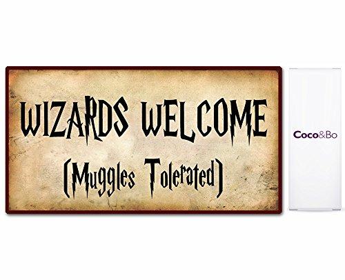 "ld mit Aufschrift ""Wizards welcome, Muggles tolerated"", 29cm x 16cm, Zimmerdekoration, Harry-Potter-Thema, 1 Stück (Welcome-party Dekorationen)"