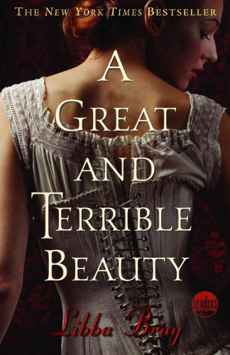 A Great and Terrible Beauty (Reader's Circle (Prebound))