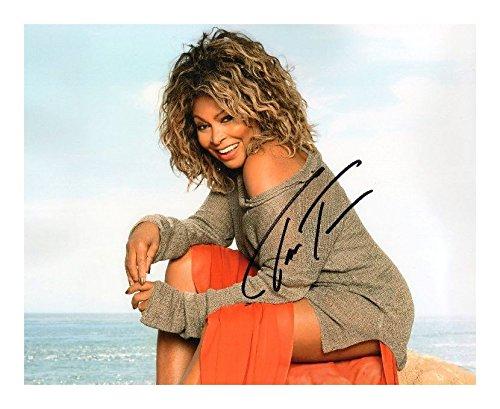 Preisvergleich Produktbild Tina Turner Signiert Autogramme 21cm x 29.7cm Plakat Foto