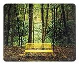 """Design Mauspad Bild """"Magic Forest"""" 24 x 19 cm/Fransenfreier Rand/glatte Kunststoff Oberfläche Abwischbar/Rutschfeste Unterseite/Foto-Druck Grün Gelb"""