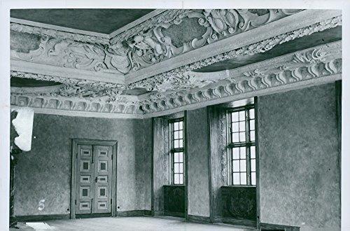vintage-photo-of-restoration-of-charles-war-school-nationwide-sal-stucco-ceilings