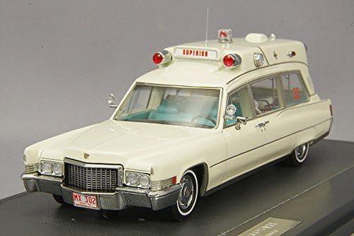 Cadillac Superior 51, beige, Ambulance, 1970, 1970, 1970, voiture miniature, Miniature déjà montée, Matrix 1:43   La Construction Rationnelle  e90a8b