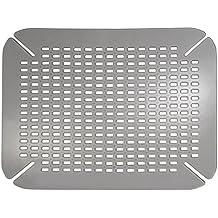 InterDesign Basic Protector de fregadero, alfombrilla de plástico PVC para fregaderos de cocina, salvaplatos para pila, gris grafito