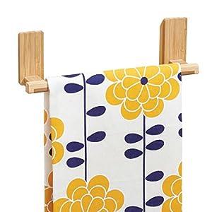 mDesign AFFIXX Toallero de bambú para colgar en pared, sin taladro – Soporte ideal como porta toallas y repasadores…
