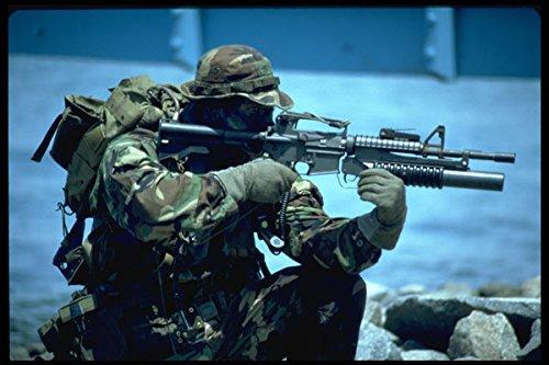 Base-team (270004 Navy SEAL Team At Naval Amphibian Base A4 Photo Poster Print 10x8)