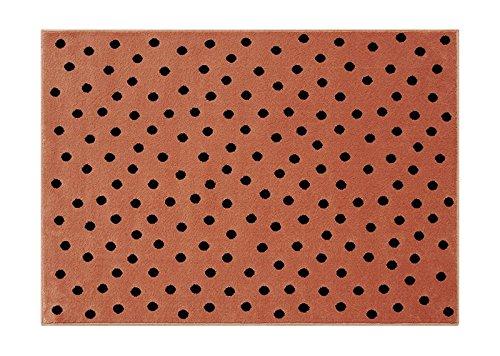 Lorena Canals. Alfombra de Lunares, acrílico, Terracota, 140x 200x 30cm