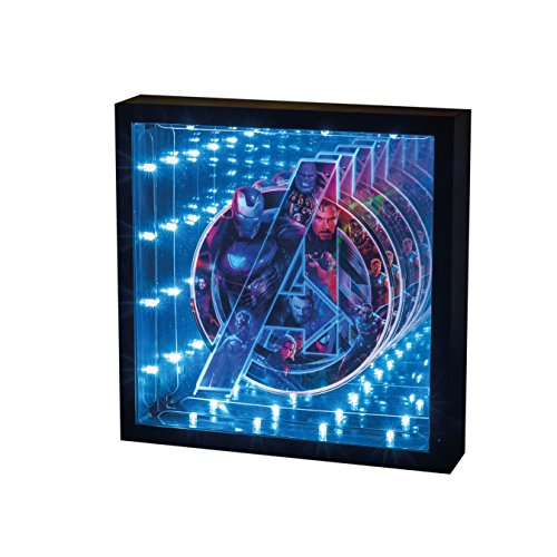 Marvel Avengers Infinity War Lampara de Noche, Multicolor