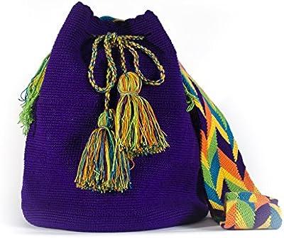 Gota de Agua accesorize Bolso Wayuu hecho a mano por mujeres indígenas de la tribu. No hay dos iguales