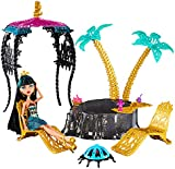 Monster High - 13 Wishes Playset - Desert Frights Oasis Playset with Cleo De Nile Doll