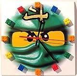 Quartz Wanduhr mit Ninjago Motiv und Lego Bausteinen