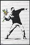 Banksy Poster Throwing Flowers (93x62 cm) gerahmt in: Rahmen schwarz