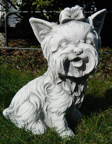 Tierfigur Beton Figur Hund Yorkshire Terrier sitzend klein H 26 cm Dekofigur und Gartenfigur