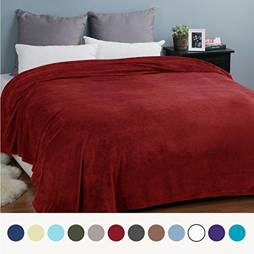 Fleece Blankets Bedspread King Size Red - Luxury Extra Large Bed Fleece  Blankets Super Soft Fluffy Warm Microfiber Solid Blanket 230x270cm by  Bedsure - Buy ... 54d4001d3
