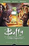 Buffy The Vampire Slayer Season 8 Volume 3: Wolves at the Gate (Buffy the Vampire Slayer (Dark Horse))