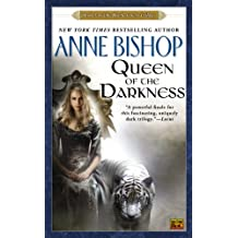 Queen of the Darkness (Black Jewels, Band 3)