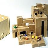 Il marmo della pista della palla esegue il marmo di legno della pista fatto funzionare nei NUOVI GIOCHI della scatola 20cm