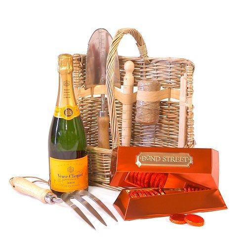 premium-wicker-garden-tool-basket-set-veuve-clicquot-yellow-label-champagne-750ml-with-luxury-bond-s