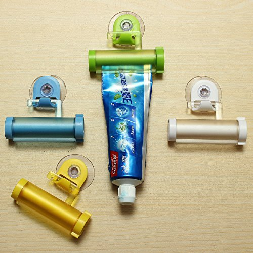Generic Yc-uk2-160104-135 < 1 & 5875 * 1 > : Randomube Rolling Tube Rolling Dentifrice support Presse Distributeur de crochet en plastique Ventouse à suspendre Couleur : Assortiment de dentifrice