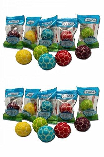 10 Fußballkaugummis in unterschiedlichen Farben
