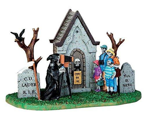 Lemax - Family Vacation Photo - Familienfoto auf dem Friedhof - Spooky Town - Polyresin - Figuren & Zubehör für Halloween