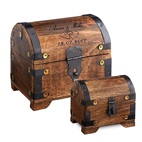 Casa Vivente – Set zur Hochzeit – Große Holzschatztruhe mit Gravur – Motiv: Herzen – Personalisiert mit [Namen] und [Datum] – Kleines Schmuckkästchen – Dunkles Holz – Verpackung für Geldgeschenke (Schatz-truhe-aufbewahrungsbox)
