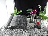 Grabstein Buch 50x40x10cm mit Grablaterne und Grabvase auf Sockel Material: Karawa Granit