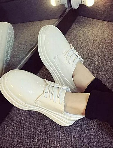 ZQ hug Scarpe Donna-Sneakers alla moda-Tempo libero / Casual-Creepers-Plateau-Finta pelle-Nero / Bianco , white-us8 / eu39 / uk6 / cn39 , white-us8 / eu39 / uk6 / cn39 black-us6 / eu36 / uk4 / cn36