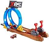 Disney Pixar Cars Coffret Ultime Challenge XRS Course dans la Boue pour petites voitures, véhicule avec suspension Flash McQueen inclus, jouet pour enfant, FYN85